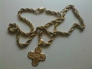 14k gold chain found on beach