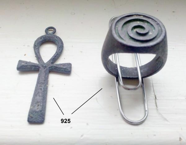 Spiral ring & cross